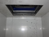 Flake ice machine with ice storage room_6